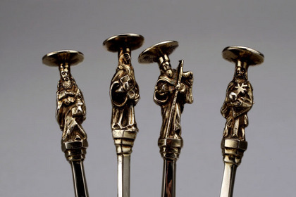 Antique Silver Apostle Spoon Set (4)