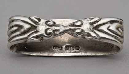 Iona Silver Scarf Ring - Alex Ritchie