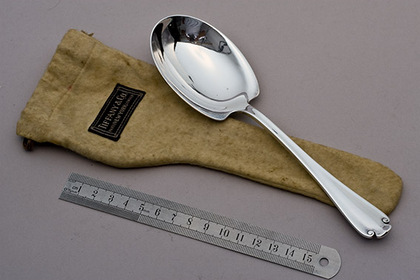 Tiffany Sterling Silver Berry Spoon - Flemish Pattern