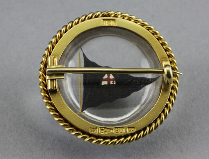18 Carat Gold Essex Crystal Brooch - Royal London Yacht Club