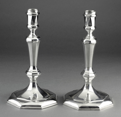 Cast Britannia Silver Queen Anne Style Octagonal Candlesticks (Set of 4), With 2 Detachable 2 Light Candelabra - Tessiers