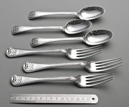 Rare Military Shell Pattern Flatware (3 Tableforks, 3 Dessertspoons) - Old English Military Thread & Shell