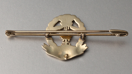 Middlesex Regiment Gold Sweetheart Brooch