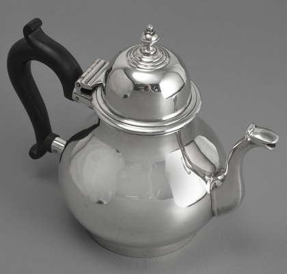 Queen Anne Replica Antique Silver Teapot - James Aitchison