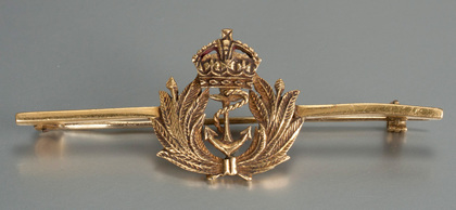 Royal Navy Officers Gold Sweetheart Brooch