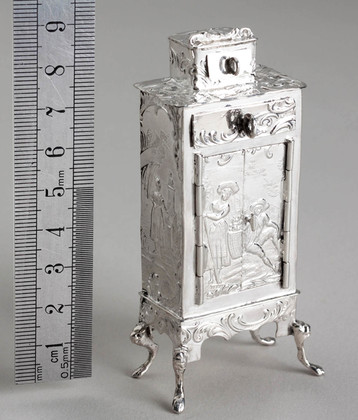 Hanau Antique Silver Miniature Cabinet - Simon Rosenau, David Bridge