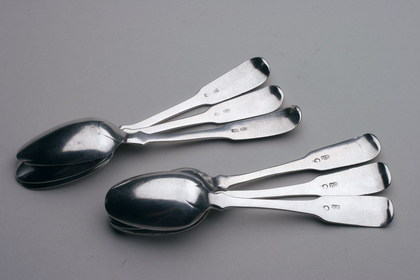 Indian Colonial Silver Dessert spoon set (6)